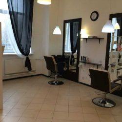 Парикмахерский зал студии красоты в Невском районе Лак&Ножницы